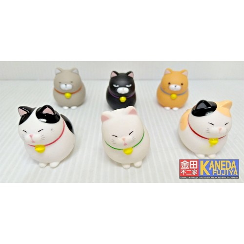 AMUSE ORIGINAL Hige Manjyu Cat Vynil Figure Mascot - Set of 6 pcs. (Kuromame, Mi Sama, Gray Cat, Maekake) Around 4cm
