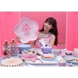 Hello Kitty x Le Creuset SUPER BIG Size TRAY Limited SANRIO OFFICIAL Taiwan 2018 – Flower Shape Pink ver.