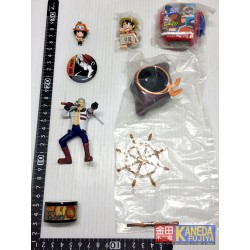 *Outlet* ONE PIECE ORIGINAL JAPAN - Lot of Keychain & Related Items Luffy, Ace, toy, tape