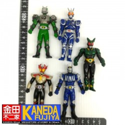 Special Lot Kamen Masked Rider Set of 5 Vinyl Figures