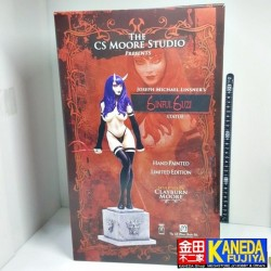 WORLD LIMITED CS MOORE Sinful Suzi Statue Figure by Joseph Michael Linsner Serial Number 373 of 1200 1/6 Scale